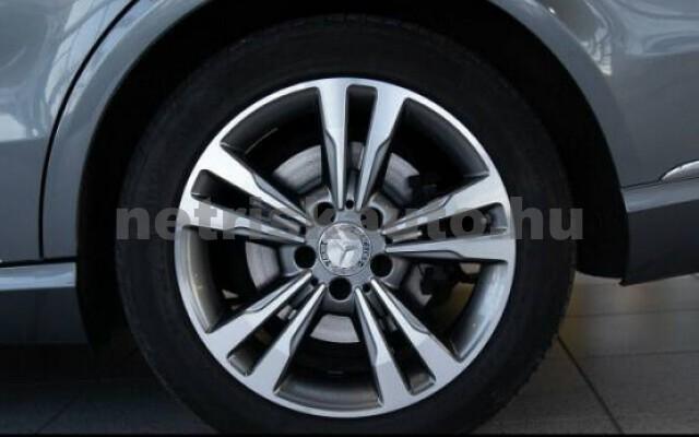 MERCEDES-BENZ E 250 személygépkocsi - 2143cm3 Diesel 43737 7/7