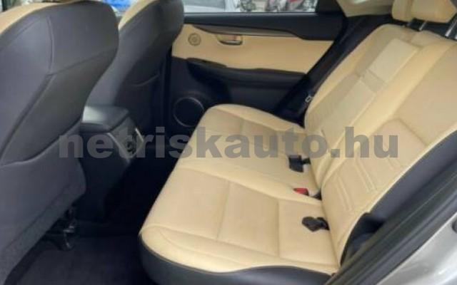 NX 300 személygépkocsi - 2494cm3 Hybrid 105677 12/12