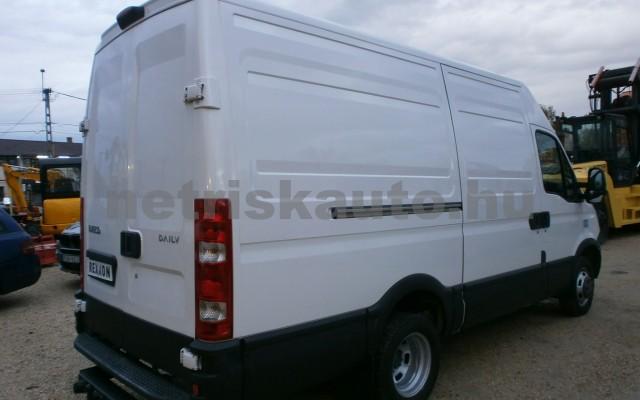 IVECO 35 35 C 17 V 3300 H2 tehergépkocsi 3,5t össztömegig - 2998cm3 Diesel 19956 3/9