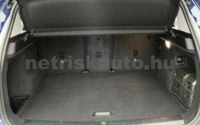 X1 személygépkocsi - 1499cm3 Benzin 105209 10/12