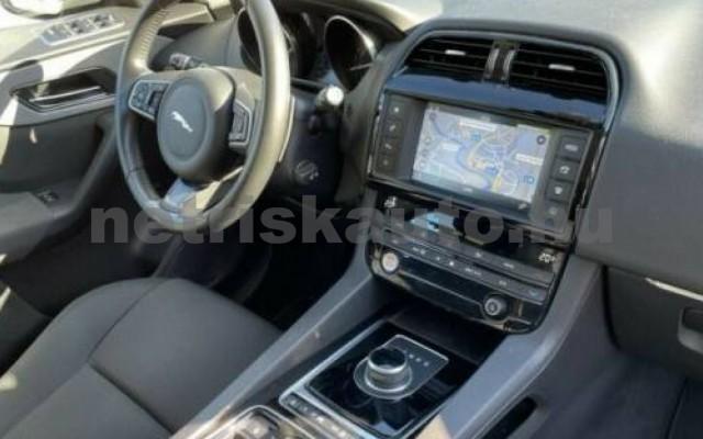 F-Pace személygépkocsi - 1997cm3 Benzin 105494 7/10