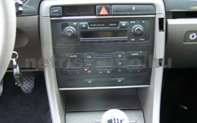 AUDI A4 1.6 Komfort személygépkocsi - 1595cm3 Benzin 44745 10/12