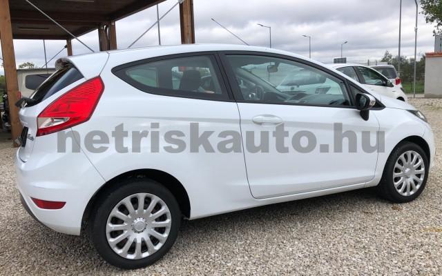 FORD Fiesta 1.25 Ambiente személygépkocsi - 1242cm3 Benzin 64554 8/12