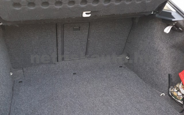 SKODA Octavia 1.6 Elegance személygépkocsi - 1595cm3 Benzin 22492 4/7