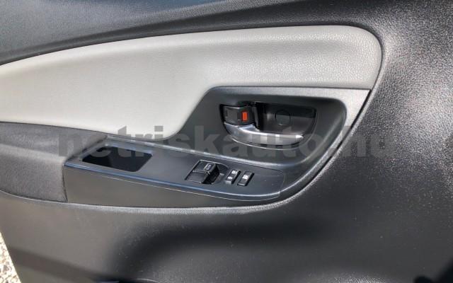 TOYOTA Yaris 1.5 HSD Active e-CVT személygépkocsi - 1497cm3 Hybrid 81435 12/12