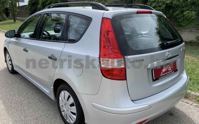 HYUNDAI i30 CW személygépkocsi - 1396cm3 Benzin 106520 7/35