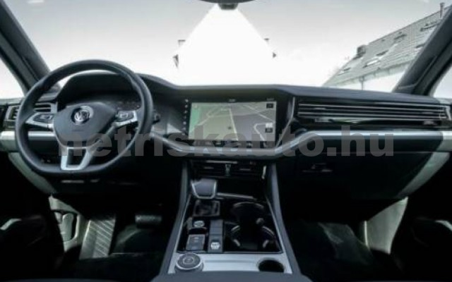 Touareg személygépkocsi - 2967cm3 Diesel 106384 6/12