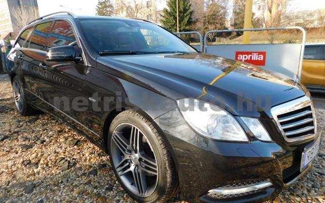 MERCEDES-BENZ E-osztály E 350 CDI T 4Mat BlueEFF. Ele. Aut. személygépkocsi - 2987cm3 Diesel 27467 3/12