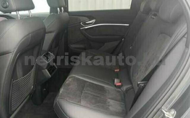 AUDI e-tron személygépkocsi - cm3 Kizárólag elektromos 109690 8/10
