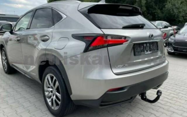 NX 300 személygépkocsi - 2494cm3 Hybrid 105677 5/12