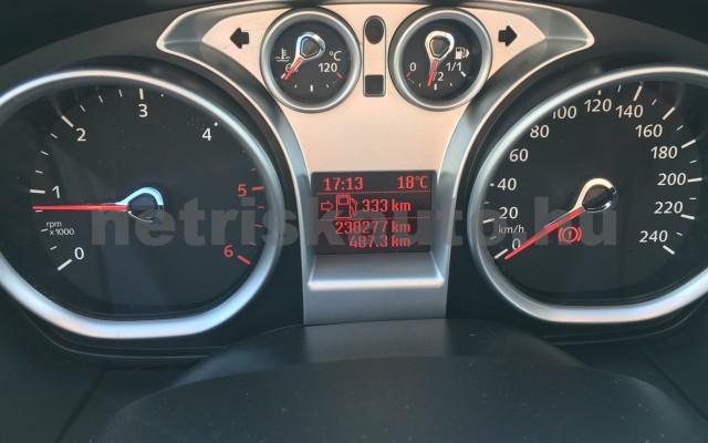 FORD Focus 1.6 TDCi Fresh DPF személygépkocsi - 1560cm3 Diesel 44699 12/12