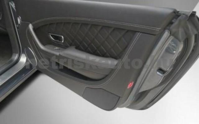Continental személygépkocsi - 3995cm3 Benzin 105010 6/12