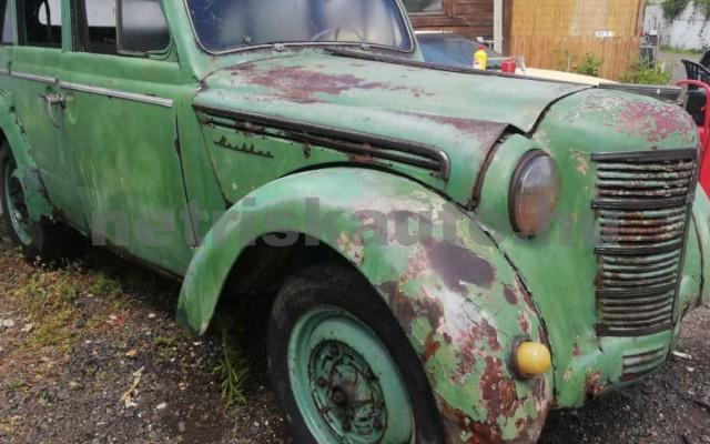 MOSZKVICS 401 személygépkocsi - 1070cm3 Benzin 44880 2/10