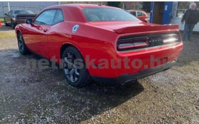 Challenger személygépkocsi - 5654cm3 Benzin 105408 8/12