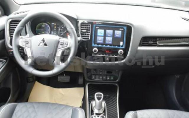 Outlander személygépkocsi - 2360cm3 Hybrid 105725 3/10