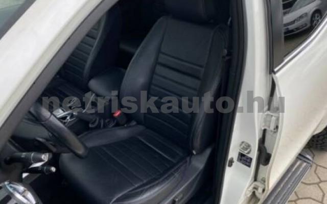 X 350 személygépkocsi - 2987cm3 Diesel 106146 8/12
