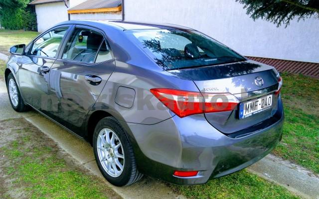TOYOTA Corolla 1.6 Active Design személygépkocsi - 1598cm3 Benzin 27711 2/5