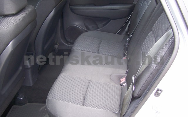 HYUNDAI i30 1.6 CRDi LP Comfort személygépkocsi - 1582cm3 Diesel 93252 10/12