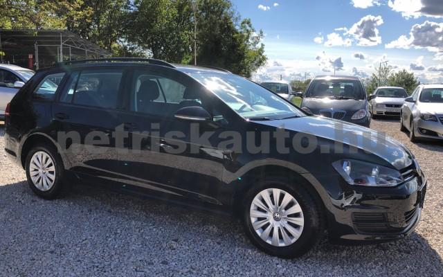 VW Golf 1.6 TDI BMT Trendline személygépkocsi - 1598cm3 Diesel 88920 11/12