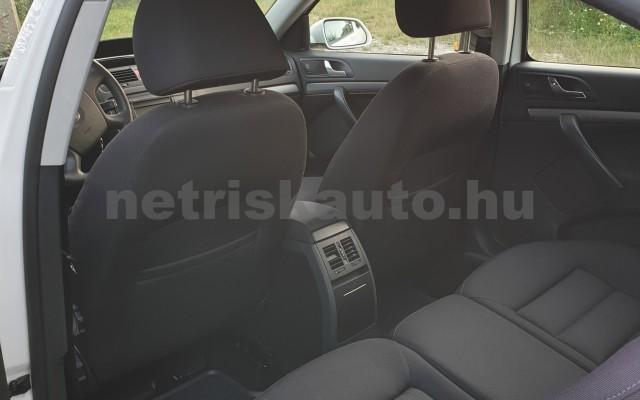 SKODA Octavia 1.6 Elegance személygépkocsi - 1595cm3 Benzin 22492 5/7