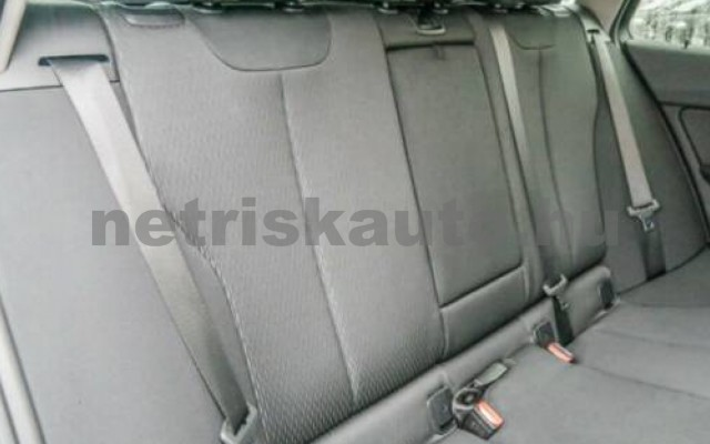 BMW 318 személygépkocsi - 1995cm3 Diesel 55337 4/7