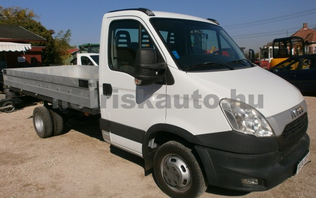 IVECO 35 35 C 15 3750 tehergépkocsi 3,5t össztömegig - 2998cm3 Diesel 19888 2/8