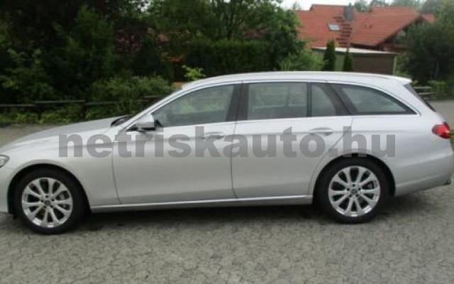 E 400 személygépkocsi - 3498cm3 Benzin 105845 7/12