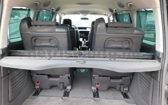 RENAULT Espace 2.0 dCi Init. FAP Grand Aut. személygépkocsi - 1995cm3 Diesel 27394 11/12
