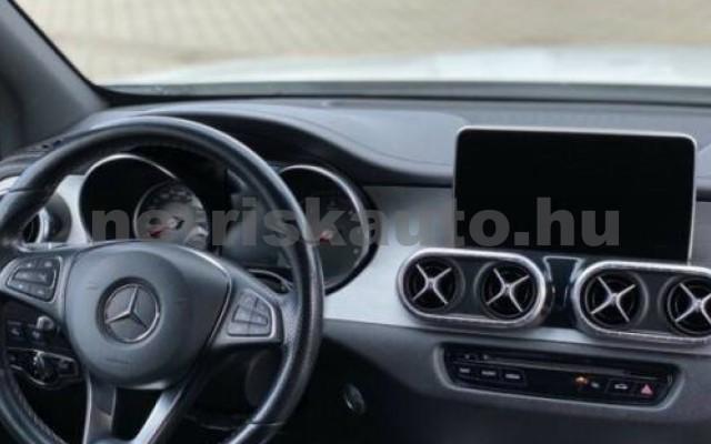 X 350 személygépkocsi - 2987cm3 Diesel 106146 11/12