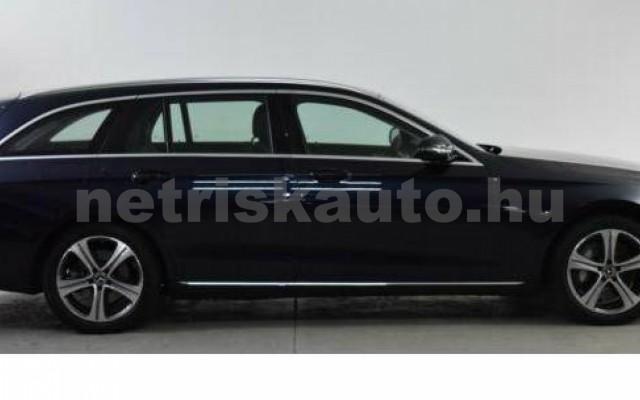 E 400 személygépkocsi - 2925cm3 Diesel 105869 2/12