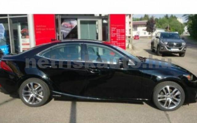 IS 300 személygépkocsi - 2494cm3 Hybrid 105606 5/8