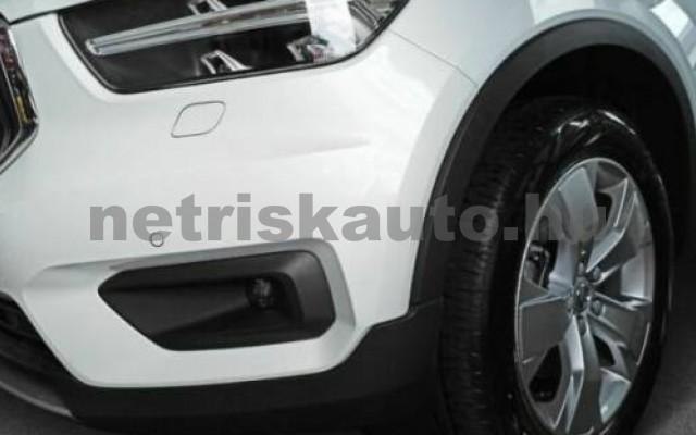 XC40 személygépkocsi - 1969cm3 Hybrid 106422 2/10
