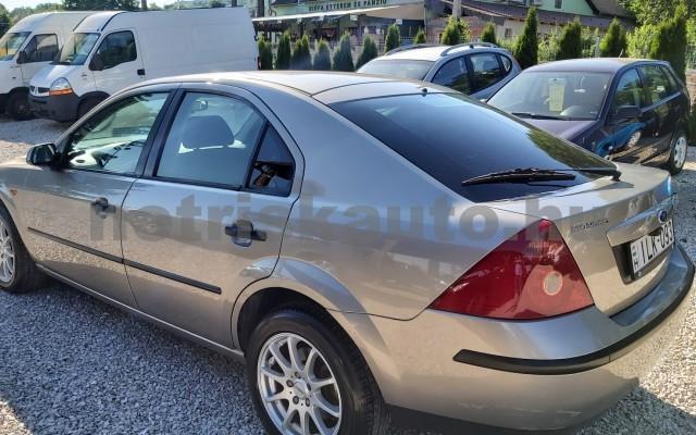 FORD Mondeo 1.8 Ambiente személygépkocsi - 1798cm3 Benzin 44871 12/12