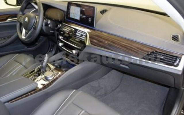 520 személygépkocsi - 1995cm3 Diesel 105130 5/12