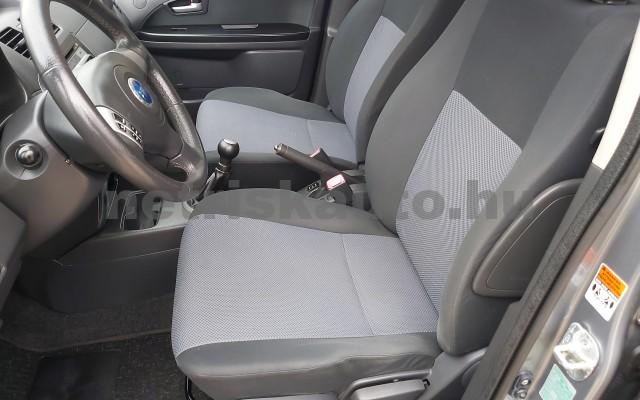 FIAT Sedici 1.6 16V 4x4 Emotion személygépkocsi - 1586cm3 Benzin 22498 10/12