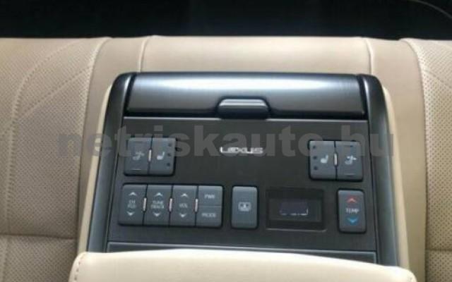 ES 300 személygépkocsi - 2487cm3 Hybrid 105615 7/12