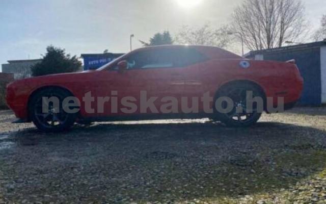 Challenger személygépkocsi - 5654cm3 Benzin 105408 6/12