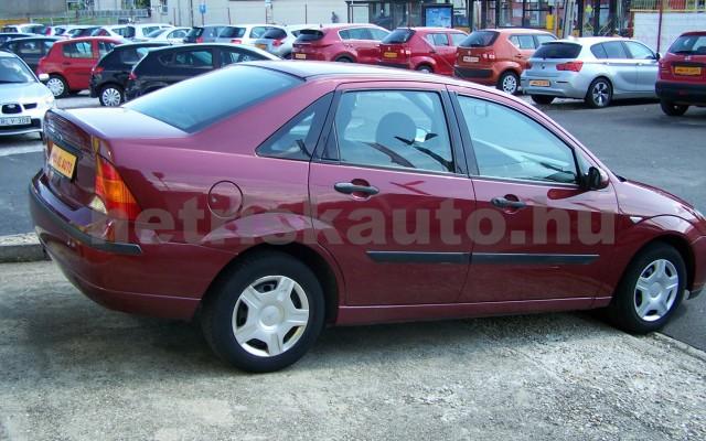 FORD Focus 1.4 Ambiente személygépkocsi - 1388cm3 Benzin 104522 3/11