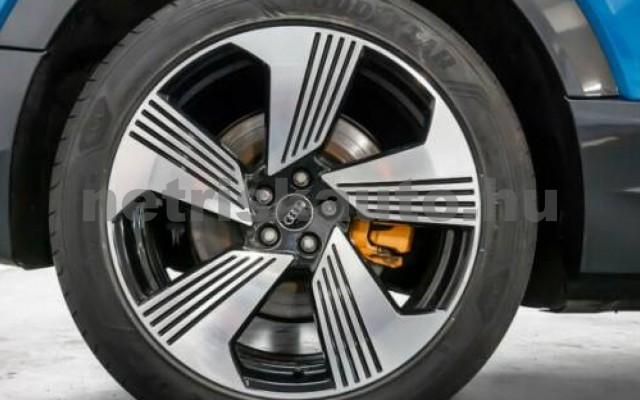 AUDI e-tron személygépkocsi - cm3 Kizárólag elektromos 104992 4/8
