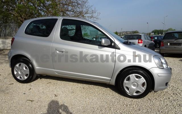 TOYOTA Yaris 1.0 Max Ice személygépkocsi - 998cm3 Benzin 16130 8/12