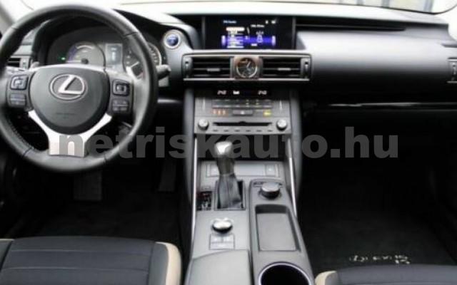 IS 300 személygépkocsi - 2494cm3 Hybrid 105607 9/12