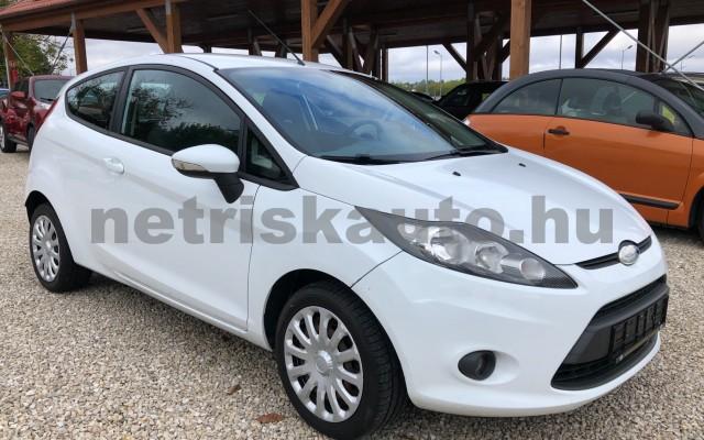 FORD Fiesta 1.25 Ambiente személygépkocsi - 1242cm3 Benzin 64554 9/12