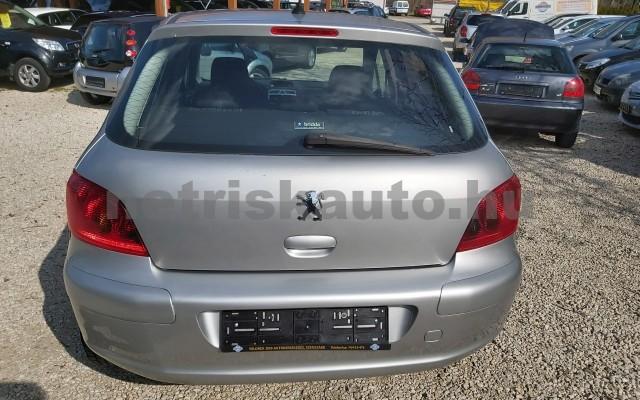 PEUGEOT 307 1.6 HDi Presence személygépkocsi - 1560cm3 Diesel 32780 3/12