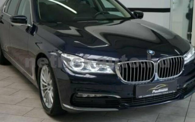 740 személygépkocsi - 2993cm3 Diesel 105185 2/12