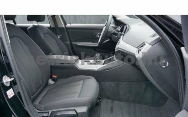 320 személygépkocsi - 1995cm3 Diesel 105069 9/11