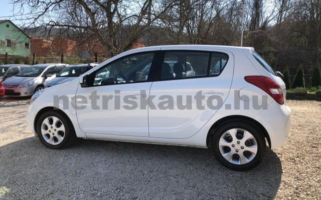 HYUNDAI i20 1.25 DOHC Comfort személygépkocsi - 1248cm3 Benzin 42316 2/12