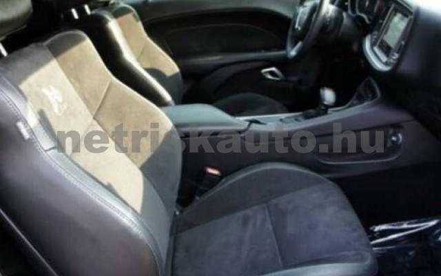 Challenger személygépkocsi - 6400cm3 Benzin 105411 11/12