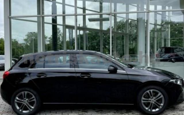 A 220 személygépkocsi - 1991cm3 Benzin 105720 5/12