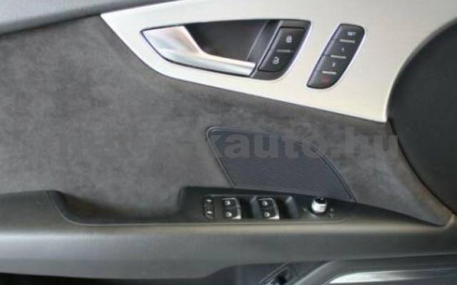 S7 személygépkocsi - 3993cm3 Benzin 104896 10/12