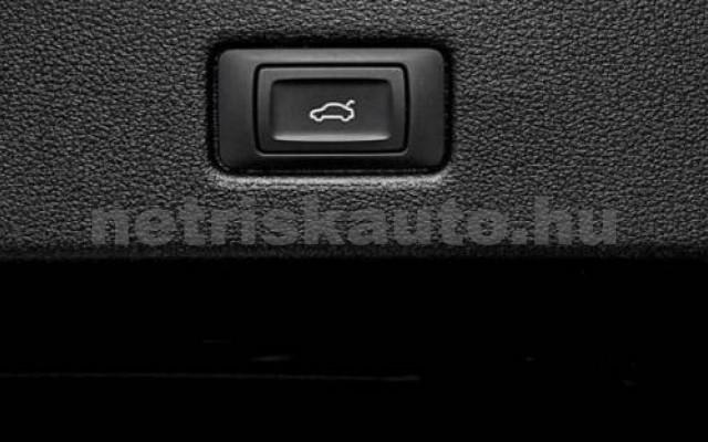 S7 személygépkocsi - 2967cm3 Diesel 104888 12/12